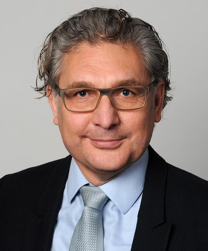 Д-р Рихард Турбату